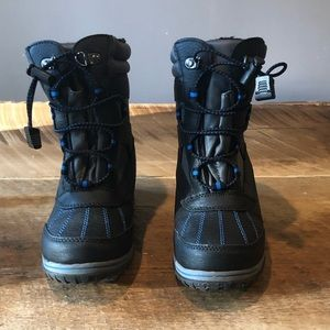 Boys Totes Warm Snow Boots